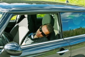 Avoid Car Accidents by Driving Smart in your New Car